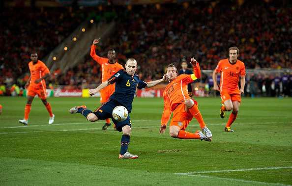 Tròn 1 thập kỷ bóng đá Tây Ban Nha vô địch World Cup - Ảnh 2.
