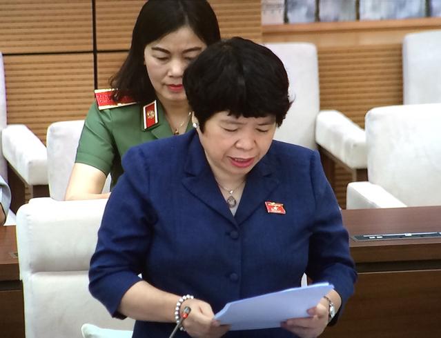 Xem xét không áp dụng thời hạn 5 năm với giấy phép hoạt động dịch vụ đưa người Việt đi làm việc ở nước ngoài - Ảnh 1.