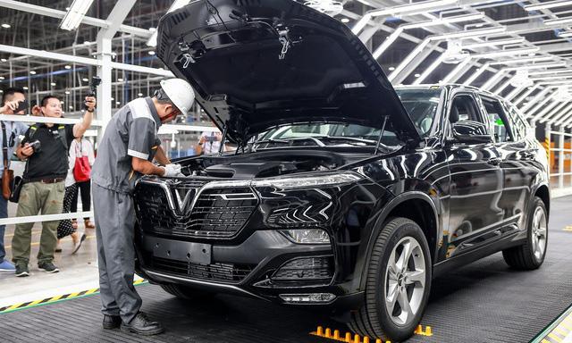 Sức mua ô tô của người Việt sụt giảm mạnh - ảnh 2