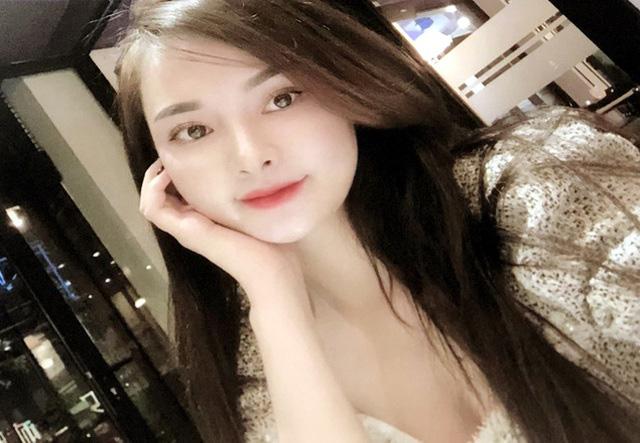 Hai hotgirl điều hành đường dây mại dâm xuyên Việt: Khách muốn vui vẻ phải đặt cọc trước 30% - Ảnh 1.