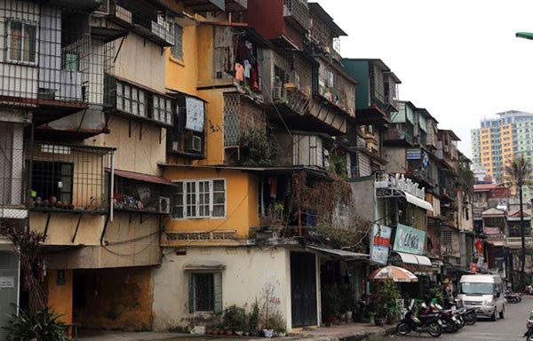 """Thương lượng giải phóng mặt bằng - """"Điểm nghẽn"""" trong cải tạo chung cư cũ ở Hà Nội - Ảnh 1."""