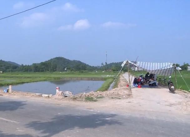 Ứ đọng rác nội thành Hà Nội: Phương án phân luồng chỉ đáp ứng 3-7 ngày - Ảnh 2.