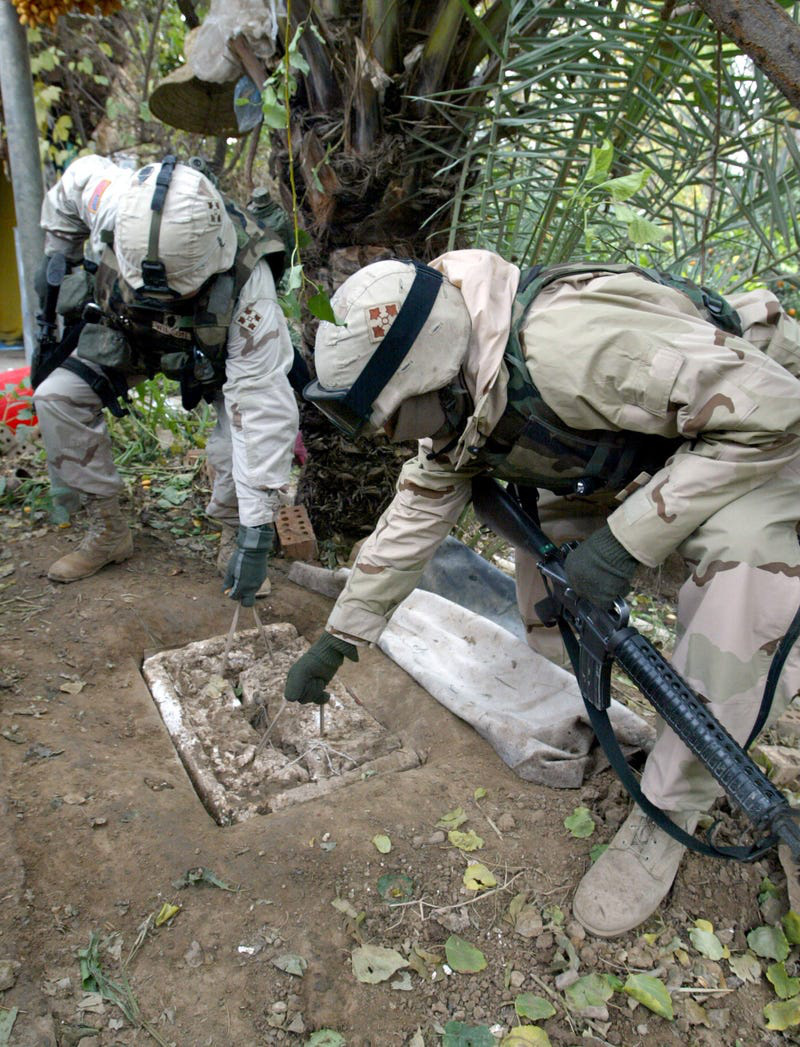 Cuộc bắt giữ và hành quyết cựu Tổng thống Iraq Saddam Hussein - Những thông tin lần đầu được hé lộ - Ảnh 2.