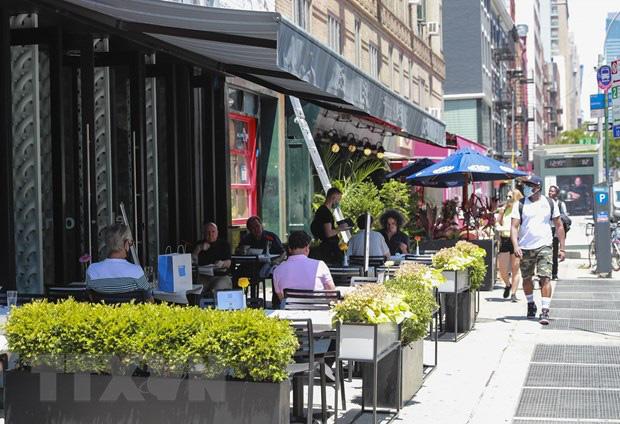 Thành phố New York (Mỹ) mở cửa trở lại giai đoạn thứ tư - Ảnh 2.