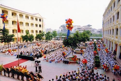 """""""Soi"""" học phí các trường tuyển sinh đầu cấp khiến phụ huynh Hà Nội """"phát sốt"""" - Ảnh 4."""