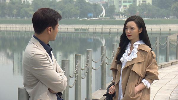Đừng bắt em phải quên - Tập 30: Ngọc chủ động hôn Duy trong nước mắt, kết phim ngọt ngào - Ảnh 1.