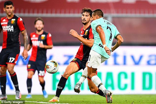 Genoa 0-3 Inter Milan: Lukaku lập cú đúp, Inter vươn lên vị trí thứ 2 - Ảnh 3.