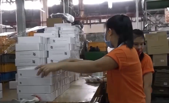 Hỗ trợ doanh nghiệp Việt tham gia vào chuỗi cung ứng toàn cầu - Ảnh 1.
