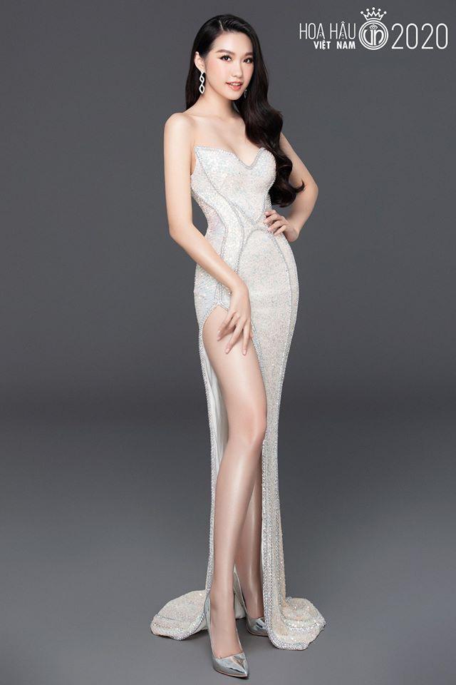 Thí sinh Hoa hậu Việt Nam gây sốt vì xinh đẹp, thành tích học tập khủng - Ảnh 3.