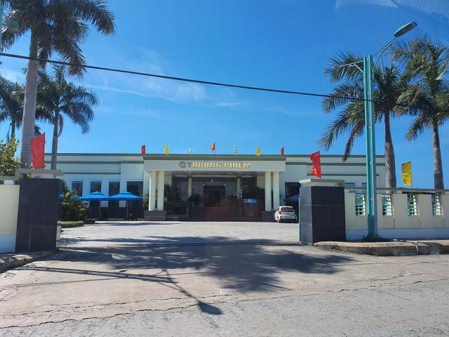 Quảng Bình: Sập lò gạch, 2 công nhân tử vong - Ảnh 2.
