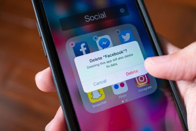 Facebook dửng dưng níu kéo đối tác - Ảnh 1.