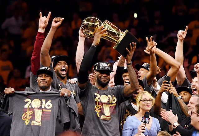 Nhìn lại 10 năm The Decision - show truyền hình làm thay đổi NBA - Ảnh 2.