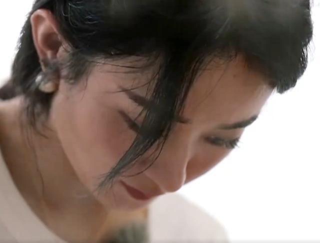 Triệu Lệ Dĩnh khóc trong tập mở màn Nhà hàng Trung Hoa - Ảnh 3.