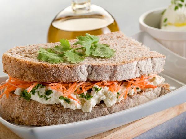 7 cách biến hóa giúp đồ ăn nhanh trở nên lành mạnh - Ảnh 1.