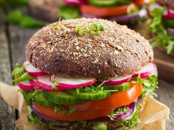 7 cách biến hóa giúp đồ ăn nhanh trở nên lành mạnh - Ảnh 2.