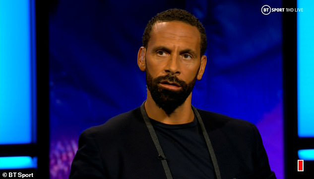 Rio Ferdinand khuyên Messi nên rời khỏi Barcelona - Ảnh 2.
