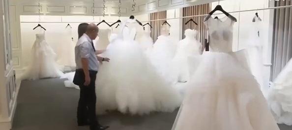 Thành phố váy cưới tại Trung Quốc ảm đạm mùa dịch bệnh - Ảnh 2.