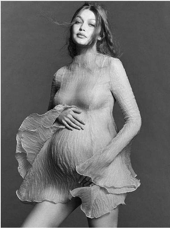 Gigi Hadid lần đầu công khai ảnh bầu, siêu xinh - Ảnh 2.