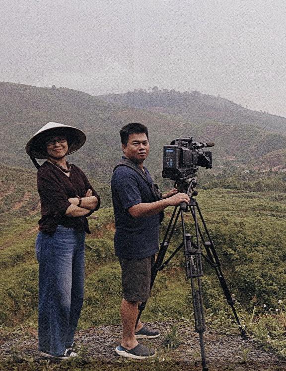 Đạo diễn Đoàn Hồng Lê và câu chuyện phía sau bộ phim tài liệu Người mẹ - Ảnh 3.