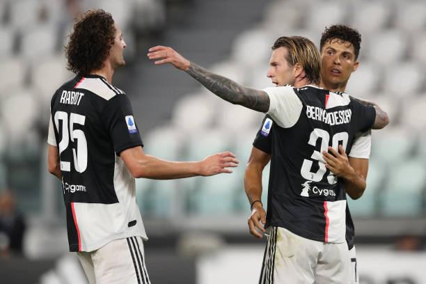 Chuyển nhượng Man Utd: Juventus muốn đổi ngôi sao 40 triệu Euro lấy Chris Smalling - Ảnh 2.
