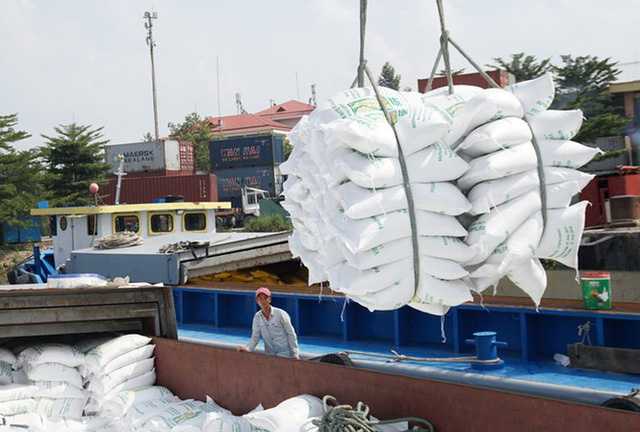 7 tháng, kim ngạch xuất khẩu khu vực trong nước tăng 13,5% - Ảnh 1.