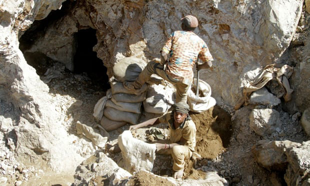 Sập mỏ vàng tại Congo, ít nhất 50 người thiệt mạng - Ảnh 1.