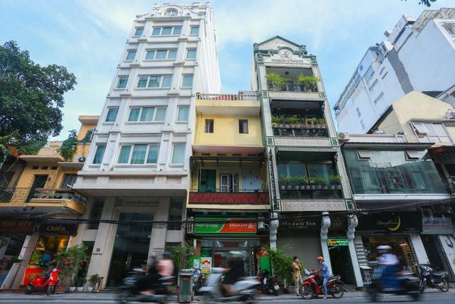 """""""Buốt ruột"""" vì vắng khách, chủ khách sạn phố cổ Hà Nội rao bán trăm tỷ đồng - Ảnh 12."""
