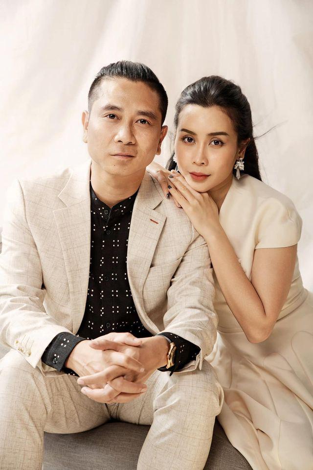 Vợ chồng Hồ Hoài Anh khoe ảnh đẹp mừng kỷ niệm ngày cưới - Ảnh 2.