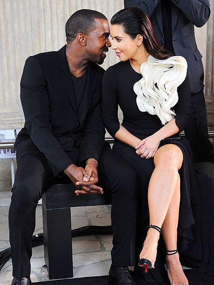 Kanye West lại bày trò, Kim Kardashian vẫn một mực ở bên chồng - Ảnh 1.