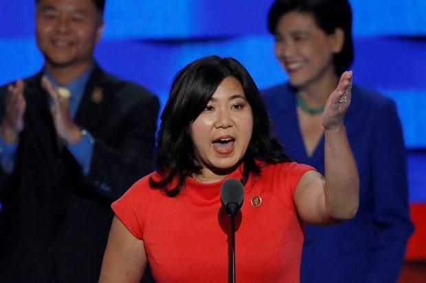 Hạ viện Mỹ thông qua dự luật bảo vệ người châu Á trong dịch COVID-19 - Ảnh 1.