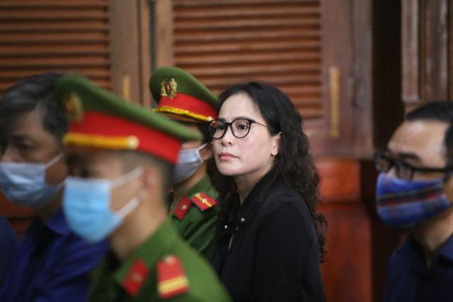 Bị cáo Lê Thị Thanh Thúy lý giải việc chuyển tiền cho ông Nguyễn Thành Tài - Ảnh 1.