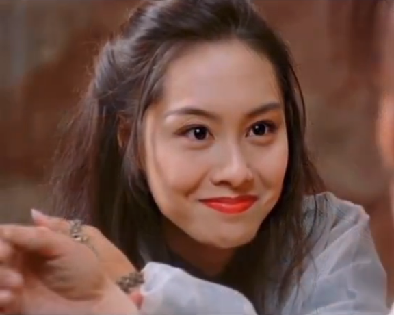 Cô gái bị Châu Tinh Trì phản bội vẫn đẹp rạng ngời ở tuổi 48 - Ảnh 4.