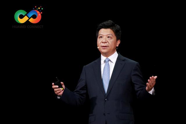 Chủ tịch Huawei kêu gọi Mỹ xem xét lại việc tấn công chuỗi cung ứng toàn cầu - Ảnh 1.