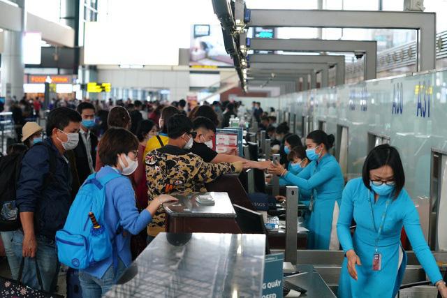 Nối lại chuyến bay thương mại quốc tế thường lệ đầu tiên về Việt Nam - ảnh 1