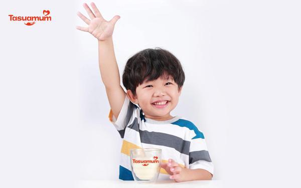 Đột phá sữa non cải thiện tình trạng biếng ăn, táo bón ở trẻ - Ảnh 1.