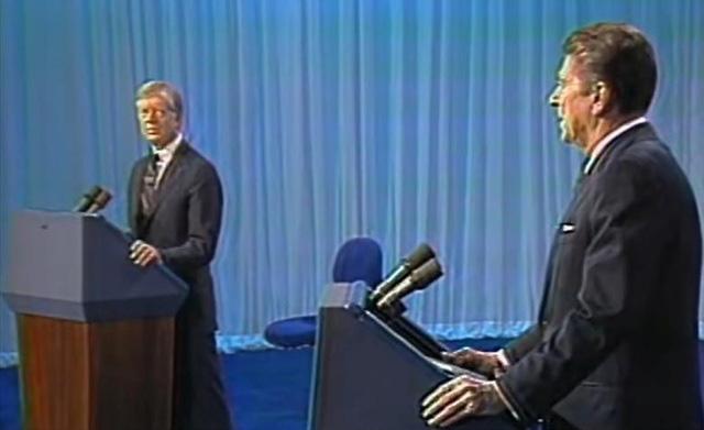Những màn đấu khẩu trong tranh luận Tổng thống Mỹ - Ảnh 2.