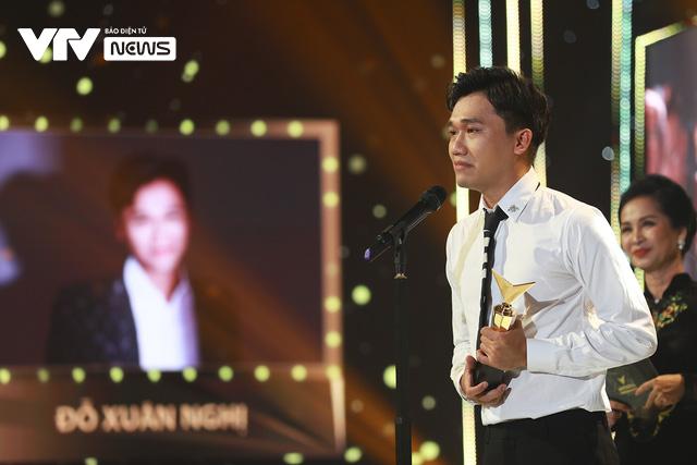 Những khoảnh khắc xúc động trong Lễ trao giải VTV Awards 2020 - Ảnh 5.