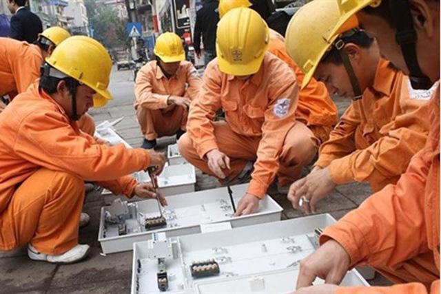 Bộ Công Thương: Giá điện hiện chưa đủ hấp dẫn để thu hút nhà đầu tư - Ảnh 1.