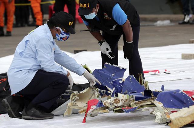 An toàn hàng không Indonesia chịu búa rìu sau vụ tai nạn máy bay của hãng Sriwijaya Air - Ảnh 4.
