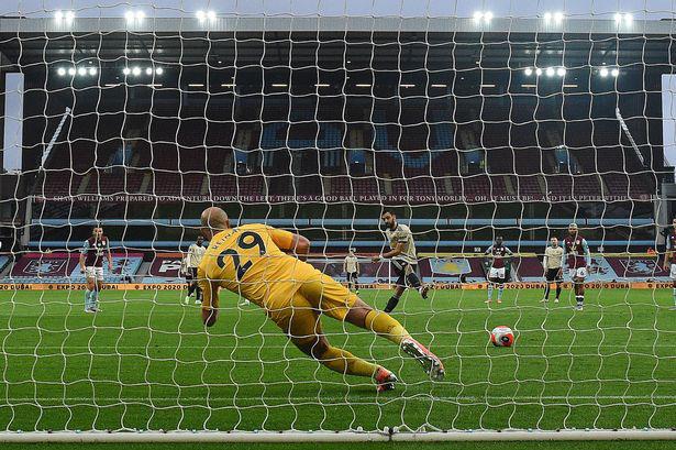 Trọng tài thân M.U sẽ bắt chính trận derby nước Anh - Ảnh 2.