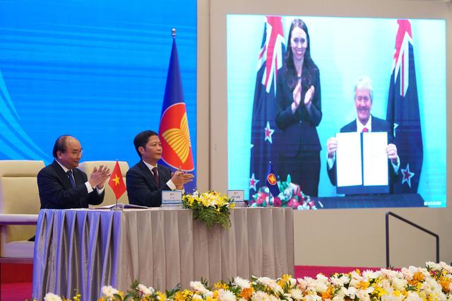 Nhiệm kỳ 2016-2020: Việt Nam đạt nhiều thành tựu kinh tế đặc biệt, nâng cao vị thế đất nước - Ảnh 7.