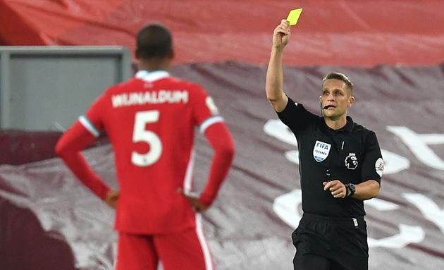 Trọng tài thân M.U sẽ bắt chính trận derby nước Anh - Ảnh 3.