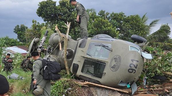 Rơi máy bay trực thăng quân sự ở Philippines, 7 người thiệt mạng - Ảnh 1.