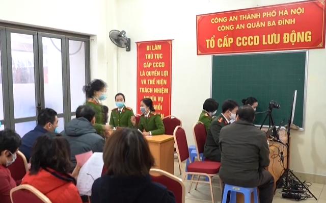 Hà Nội đẩy nhanh tiến độ cấp căn cước công dân gắn chip - Ảnh 1.