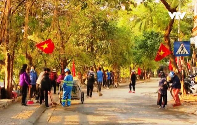 Người dân Thủ đô Hà Nội cùng hướng về Đại hội Đảng lần thứ XIII - Ảnh 4.