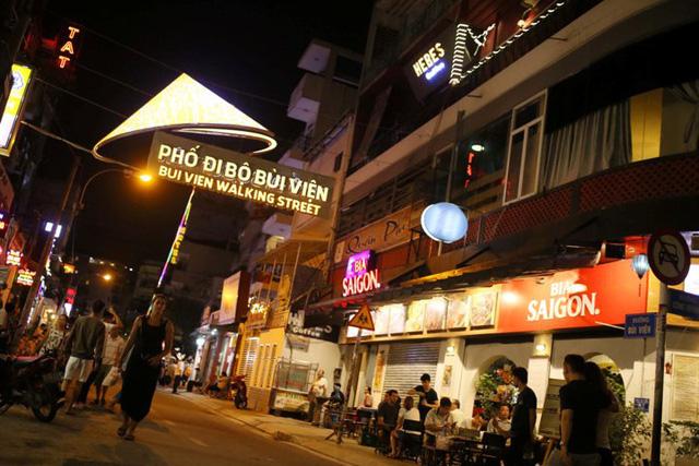 Kinh tế đêm: Cơ hội nhưng cũng đầy thách thức với TP Hồ Chí Minh - Ảnh 1.