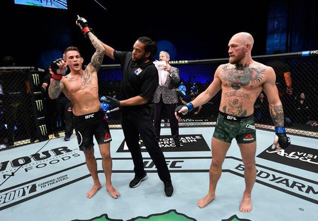 McGregor bị hạ knock-out chóng vánh trong ngày tái xuất - Ảnh 3.