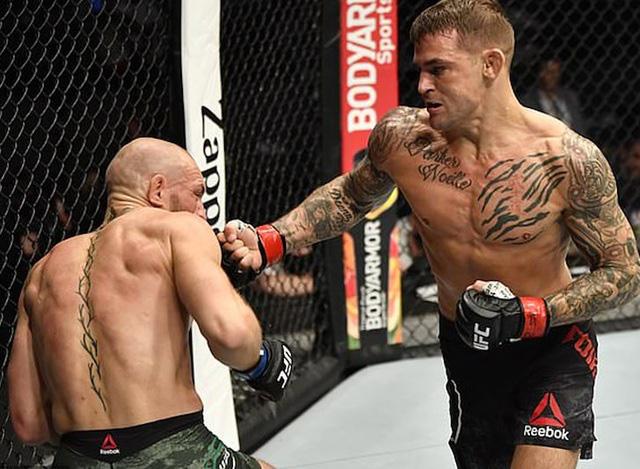 McGregor bị hạ knock-out chóng vánh trong ngày tái xuất - Ảnh 1.