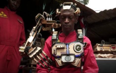 Phát minh cánh tay robot có thể đọc suy nghĩ người đeo - Ảnh 1.