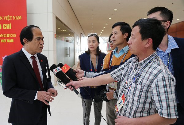 Nhiều ý kiến tâm huyết góp ý xây dựng văn kiện Đại hội XIII của Đảng - Ảnh 1.